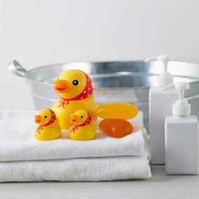 목욕 오리 장난감
